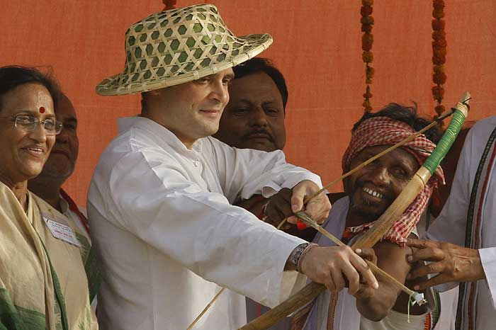 http://photo.outlookindia.com/images/gallery/20100518/rahul_gandhi_20100518.jpg